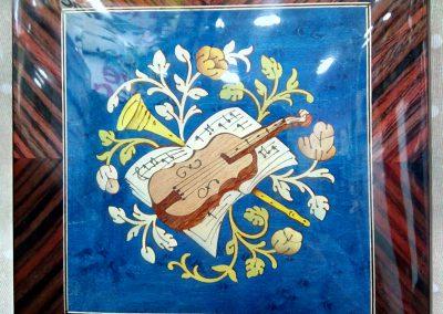 Caja de música azúl violín